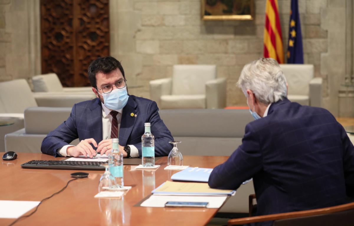 El presidente Pere Aragonès, reunido con el consejero de Salud, Josep Maria Argimon