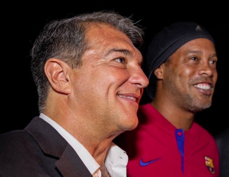 Joan Laporta, con Ronaldinho