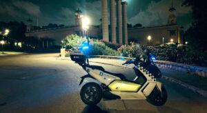 La Guàrdia Urbana de Barcelona controla el compliment del toc de queda nocturn