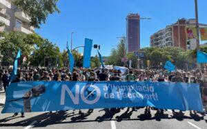 Manifestació contra l'ampliació de l'aeroport a Barcelona