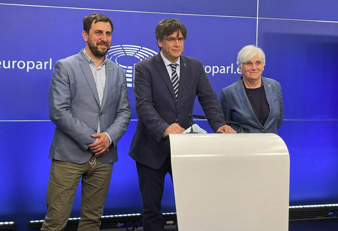 Comín, Puigdemont i Ponsatí en el Parlamento Europeo